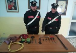 CAMIGLIANO / SESSA AURUNCA. Non si ferma all'alt dei carabinieri e ne scaturisce un inseguimento: arrestato albanese 41enne con in auto arnesi per lo scasso, fugge a piedi un complice.