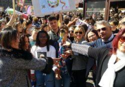 Sessa Aurunca / Alife. La Fiaccolata della pace deve ardere nel cuore dei giovani: l'evento in città.