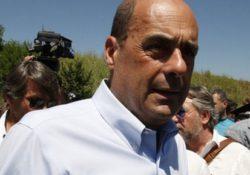 """PRESENZANO. """"Un'eccellenza"""": il segretario nazionale PD Zingaretti in visita al centro riciclo plastica della Ferrarelle."""
