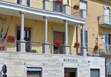 Montefalcone di Val Fortore. Si suicida un 16enne, il sindaco proclama il lutto cittadino: oggi i funerali.