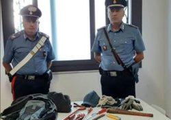 Cellole / Baia Domizia. Non si ferma all'alt dei carabinieri, inseguito e bloccato: albanese 28enne aveva in auto arnesi atti allo scasso.