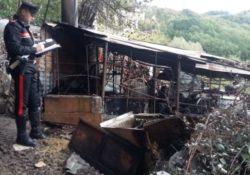 Agnone. Incendio di un rudere in aperta campagna: intervengono i Carabinieri.