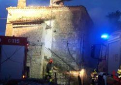 Santa Croce del Sannio / Sant'Angelo a Cupolo. Anziana salvata dalle fiamme grazie ai vigili del fuoco.