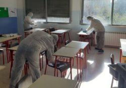 TEANO / SPARANISE. Ripresa differenziata delle scuole nel casertano: ora le aule devono arieggiare.