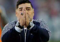 Morto Diego Armando Maradona: un arresto cardiaco lo porta via.