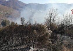 Longano. Incendio di bosco e di macchia mediterranea: in azione i vigili del fuoco.