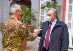 Caserta / Provincia. Il Presidente del Consiglio regionale, Oliviero, incontra il Comandante delle Forze Operative Sud, Generale Tota.