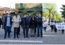 Telese Terme / Faicchio. Protesta dei commercianti: l'impegno della amministrazione e il ringraziamento ai sindaci che hanno partecipato.