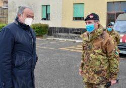 Caserta / Provincia. Il Presidente del Consiglio regionale, Gennaro Oliviero, in visita istituzionale alla scuola di Commissariato di Maddaloni.